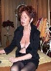 Geschäftsfrau in schwarze Strapse
